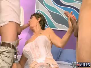 How Much Cum Can Bea Cummins Coax From Two Cocks?