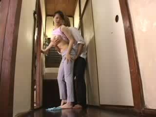Japanska kåta pojke attacked hans styvmamma video-