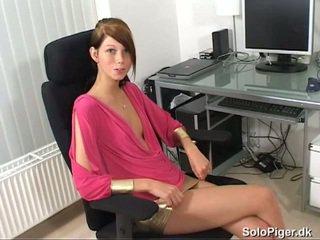 briunetė, jaunas, masturbuojantis