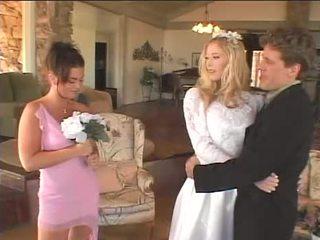 Menyasszony teszi neki takarítónő a honor boldog újra