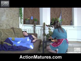 Birleşmek of martha, victoria, adam by action matures