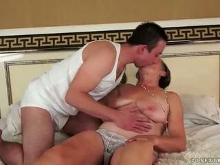 E prapë grandmas anale seks përmbledhje