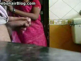 Bold-naked-guy-flashing-arabic-cleaning-lady
