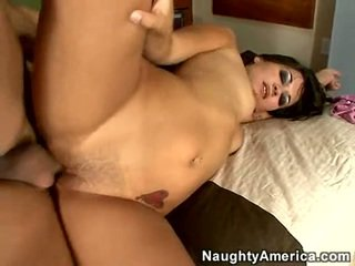 Hot Cumming Eater Crissy Moon Has A Freaky Load Onto Her Moth And Enfuns It