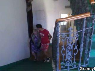 Oma ist banged von an jung pickuper