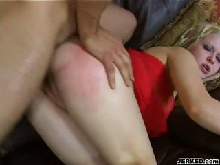 Hot golden haired aaralyn barra receives her nyenyet bokong rammed hard