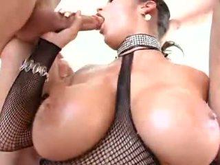Carmella bing blows lots von schwanz