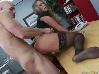 kõik suured tissid parim, kontor sex, hq office fuck internetis