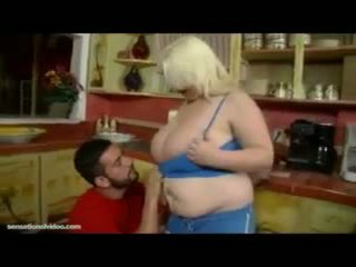 blow job, mollig, grote borsten