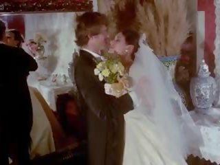 Gloved afrukken vintage huwelijk scène, hd porno e5