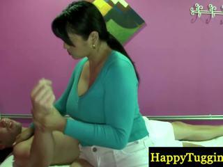 Skutočný thajské masseuse playthings zavrieť na zonker