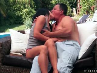 Teinit enjoys seksi kanssa ukki