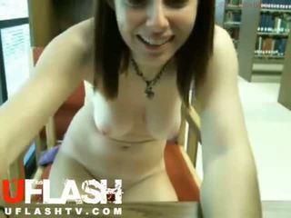 裸体 在 公 文库 实 业余 青少年 假阳具 上 摄像头