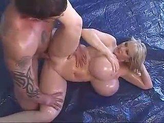 haupt;, geölt, mega big tits