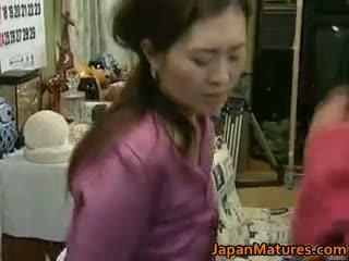 Japanska äldre kvinna är en beauty part4