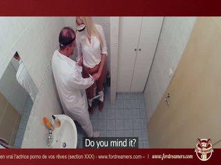 Bystiga blondin having kul med den doktorn -fordreamers*