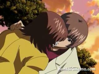 Superb manga cutie uz glbooties blowing a liels schlong uz the park