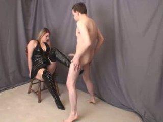 Jenna thigh hoog boot ballbusting vol