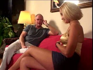 Old guy loves to cum inside her pussy Video