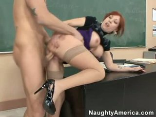Brittany oconnell getting pounded en su detrás doggyway