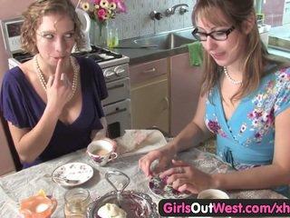 hq lesbians thumbnail, full babes vid, full fingering fuck