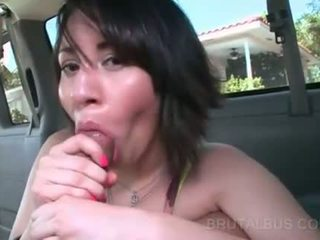 หวาน ตูด ผู้หญิงสวย pounded จาก หลัง ใน รถบัส