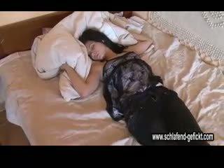 Gjumë drunken disorder gangbang_sleep112