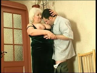Big tit granny gets a load in the mouth