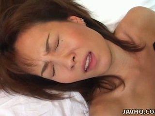 Miri sugihara ענק knocker חתיכה banged על ידי קשה זין!