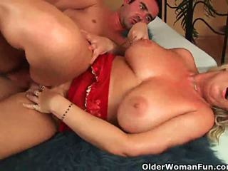 masturbating, cougar, glamour
