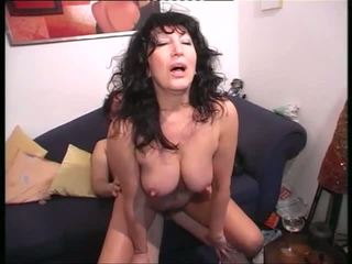 What is the Name of the German Mature MILF Granny: Porn 2a