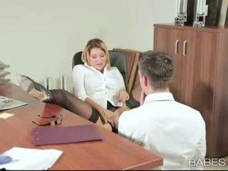 Bureau nana anna polina banged réel bon