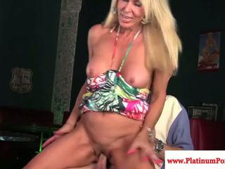 Mature milf Erica Lauren gets a mouthful of cock