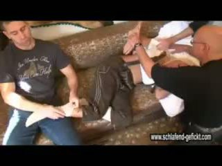 Śpiące pijane blondynka wideo