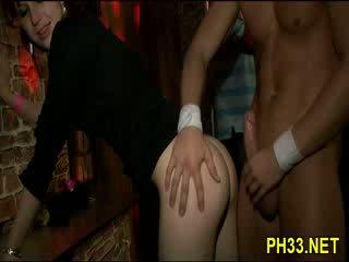 Waiters hubungan intim bitches