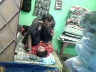 Pakistāņi couples slēpts kamera sekss video