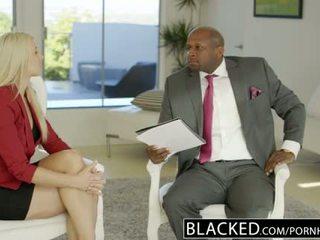 Blacked afaceri blonda anikka albrite fund inpulit de o bbc