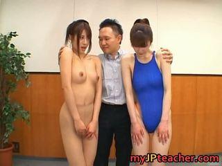 Junna aoki og erika kirihara søt