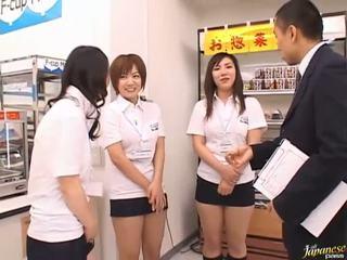 Japoneze av model në një piss video