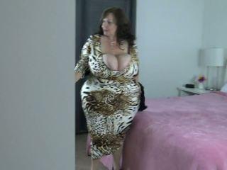 buah dada besar, pangkal besar, tits semula jadi besar