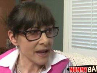 Terror belle mère alexandra soie plan a trois avec ado couple