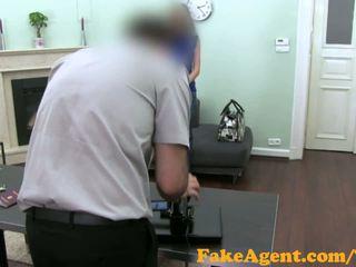FakeAgent Brunette amateur gets Big surprise when spunk goes in her eye
