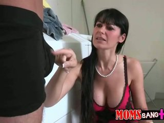 Eva karera และ cassandra nix เซ็กส์สามคน
