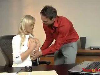 Abbey brooks acquires dela cona licked