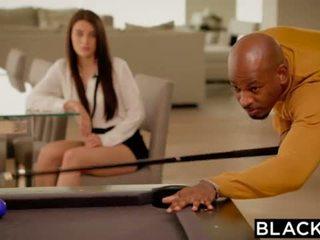 Blacked ブルネット lana rhoades 最初の 大きい ブラック コック <span class=duration>- 11 min</span>