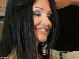कट्टर सेक्स, मजाक बड़े स्तन गाली दिया, पर्नस्टारों मजाक