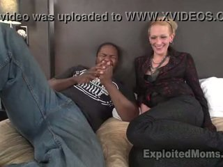 Dun mam gets pounded door mandingo