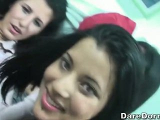 Deri friends having friendly seks