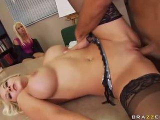 Sex Bombshell Madison Ivy Receives Real Fucked Hard She Could Not Wait To Get Cummed