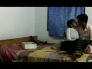 Indiano gitam bhu ragazza cheated da faculty part1